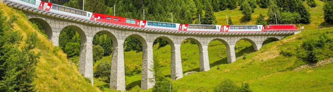 Bernina Express - kolej panoramiczna przez Szwajcarię